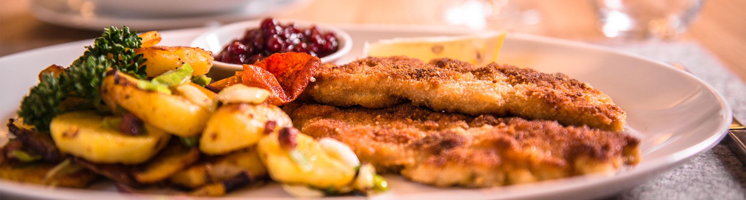 Frühjahrsdult Landshut - Wiener Schnitzel mit Kartoffelsalat, mhh lecker